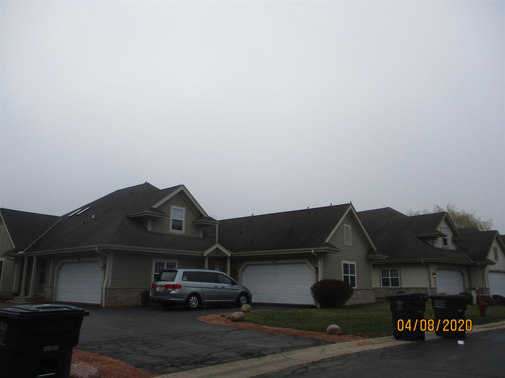 4848 S Waterview Ct, Greenfield, WI 53220 - #: 1684658