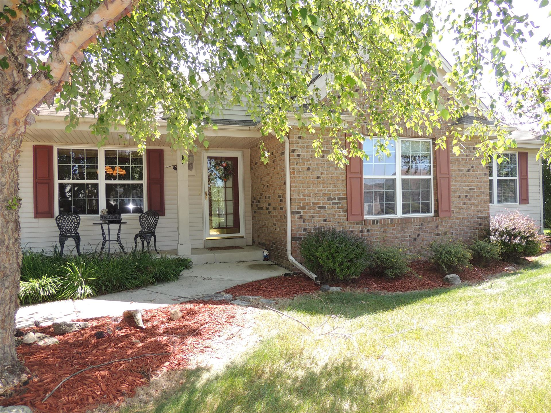607 Maple Tree Dr, Waterford, WI 53185 - #: 1702658