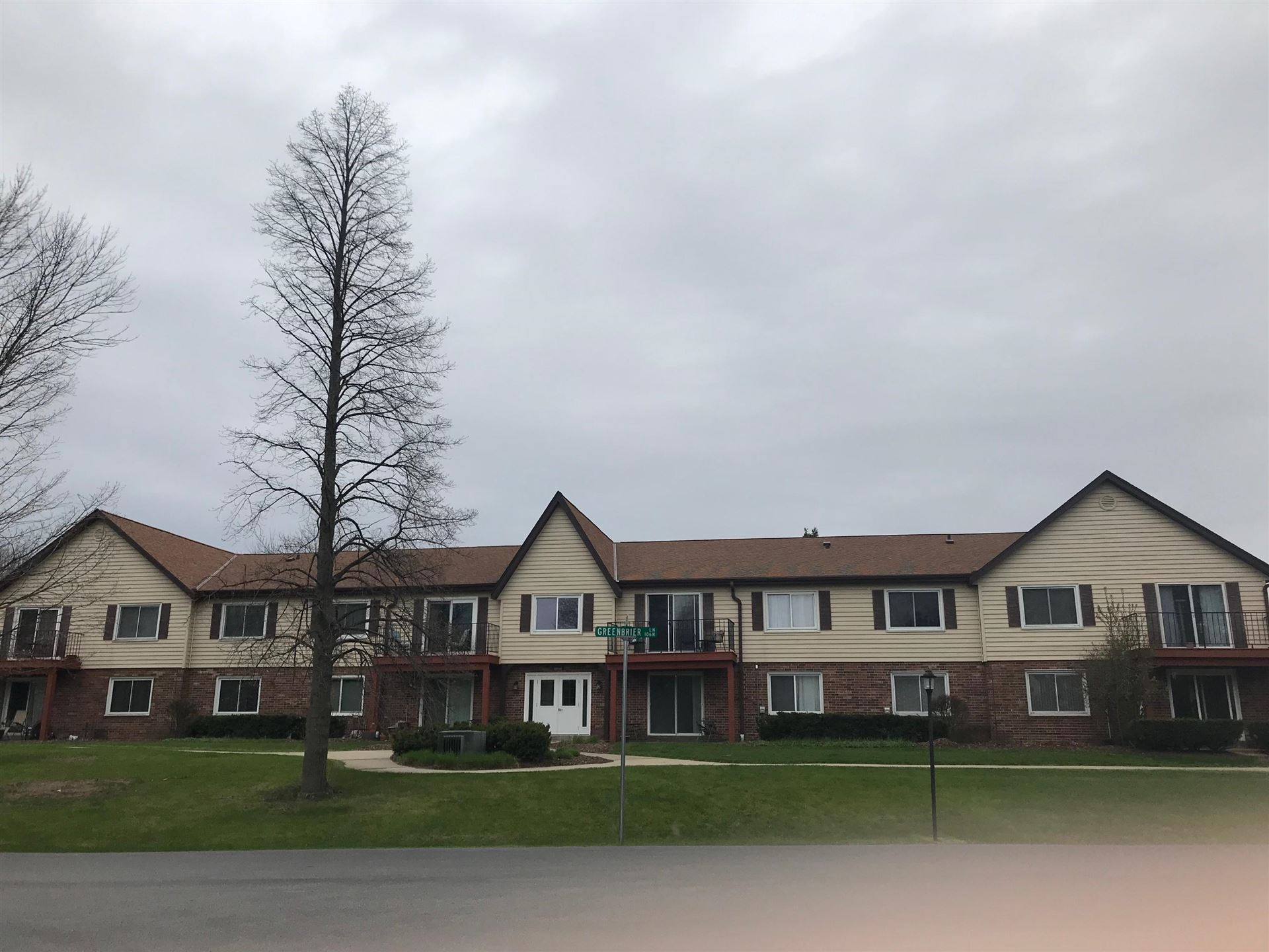 10640 N Ivy Ct #10, Mequon, WI 53092 - #: 1712658