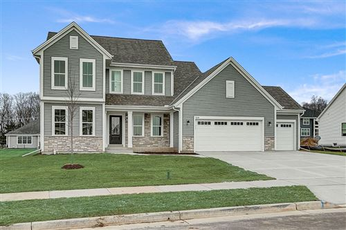 Photo of 2048 E Titon Trail, Grafton, WI 53024 (MLS # 1698663)