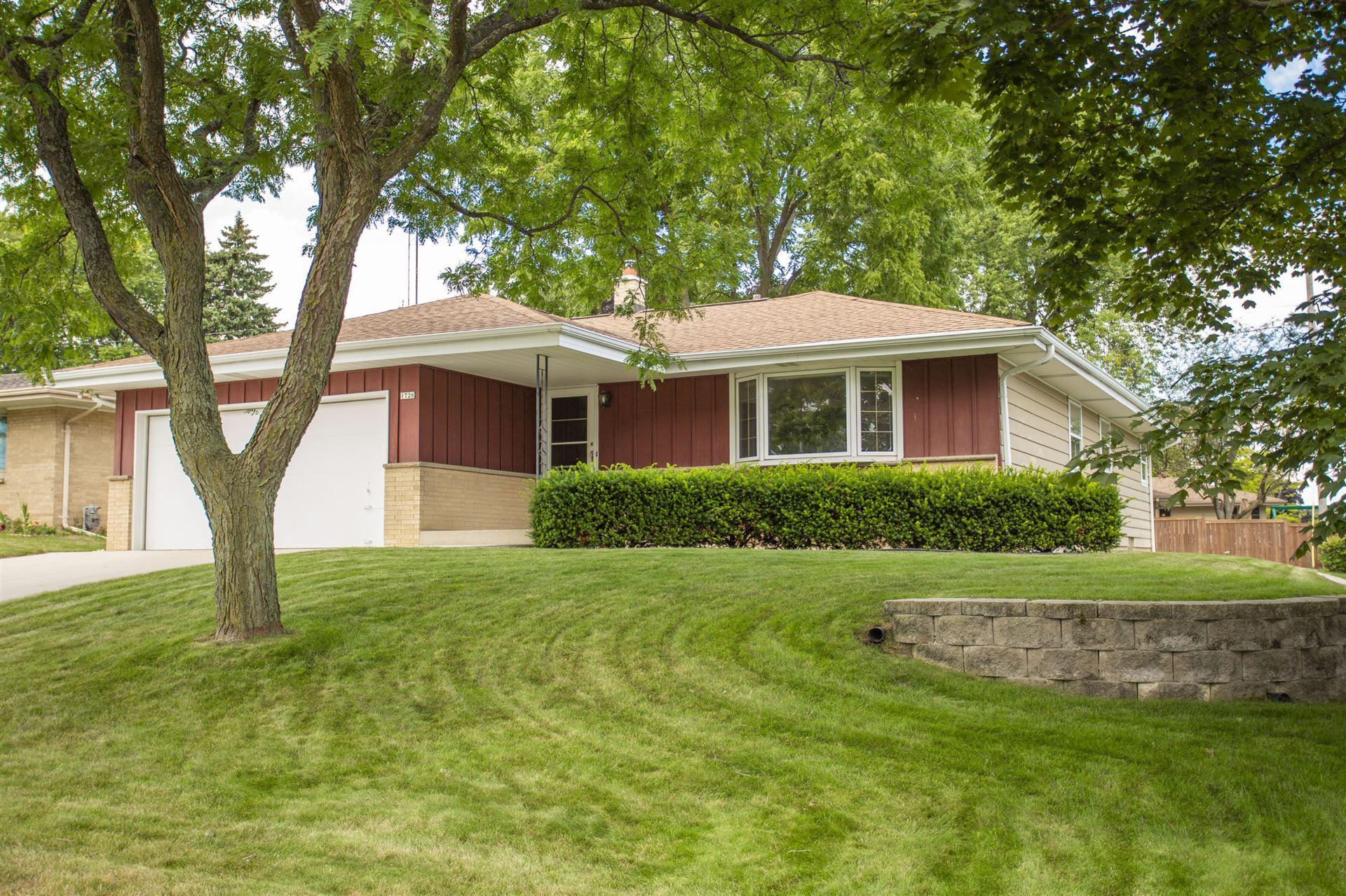 1726 Hickory St, South Milwaukee, WI 53172 - #: 1702666
