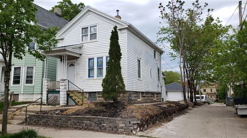 Photo of 2620 N Fratney St, Milwaukee, WI 53212 (MLS # 1691671)