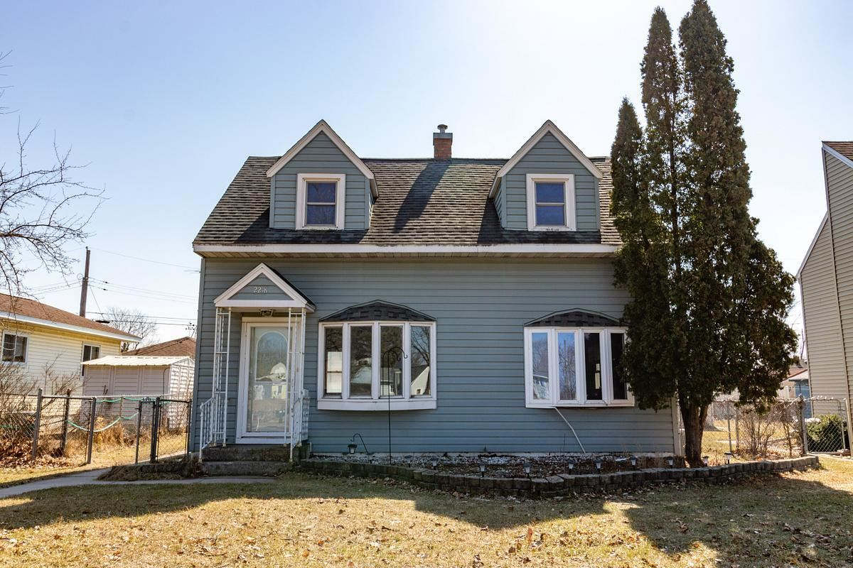 2218 Denton St, La Crosse, WI 54601 - MLS#: 1681674