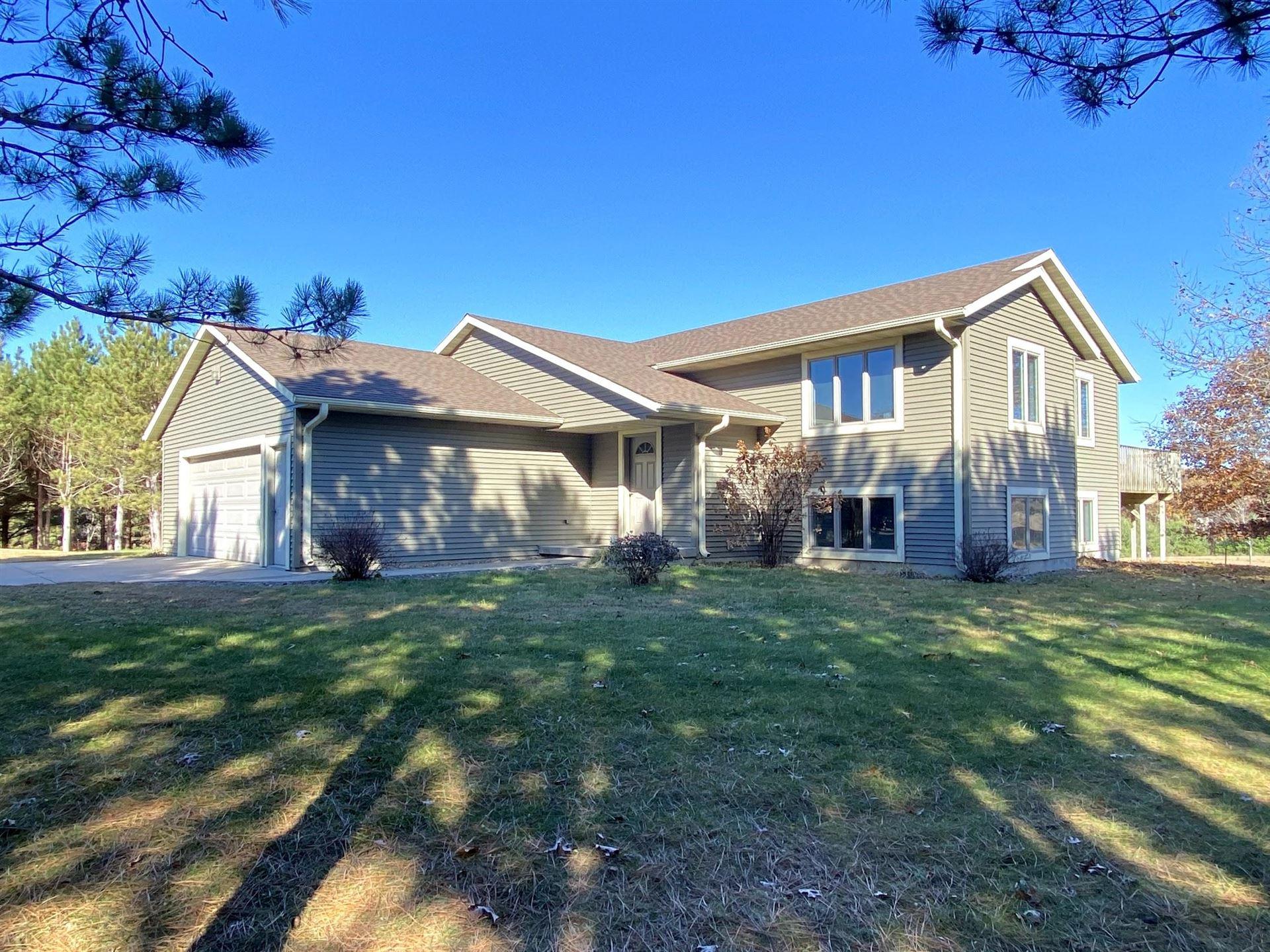 W22925 Prairie Wood DR, Caledonia, WI 54661 - MLS#: 1716676