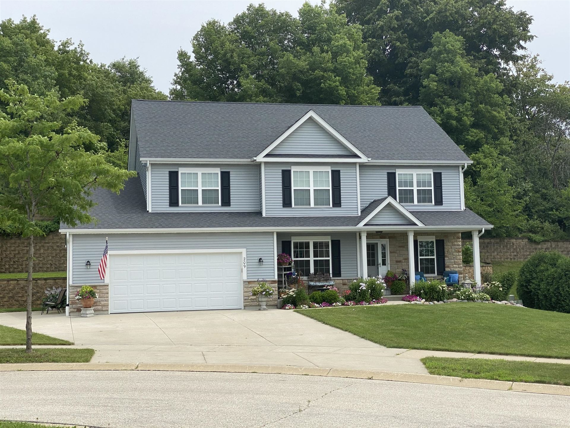 209 Tansdale Ct, Johnson Creek, WI 53038 - #: 1701683