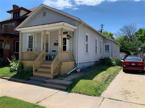 Photo of 1034 Park Ave, Racine, WI 53403 (MLS # 1698687)