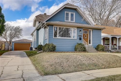 Photo of 4365 S Quincy Ave, Milwaukee, WI 53207 (MLS # 1718697)