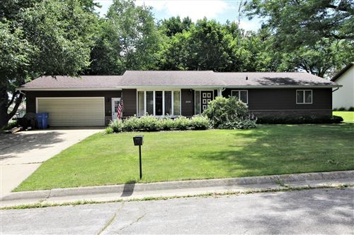 Photo of 209 Robert St, Watertown, WI 53098 (MLS # 1698698)