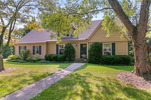Photo of 1741 Pine Ct, Grafton, WI 53024 (MLS # 1708703)