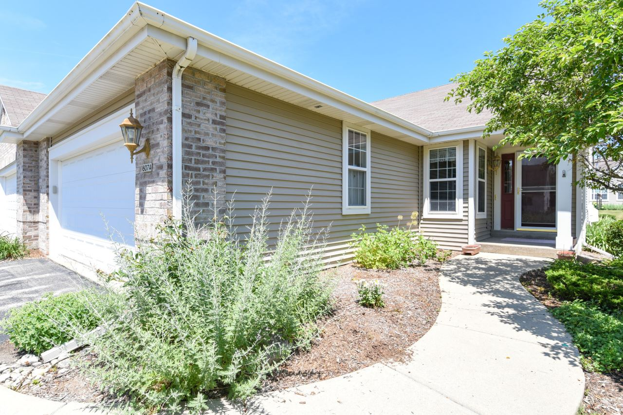 607 Hickory Hollow Rd #A, Waterford, WI 53185 - #: 1696703