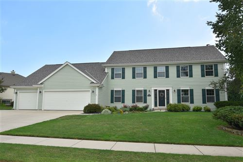 Photo of 1280 Dove Ln, Grafton, WI 53024 (MLS # 1703713)