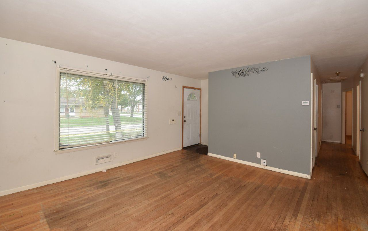 8310 W Brentwood Ave, Milwaukee, WI 53223 - #: 1767717