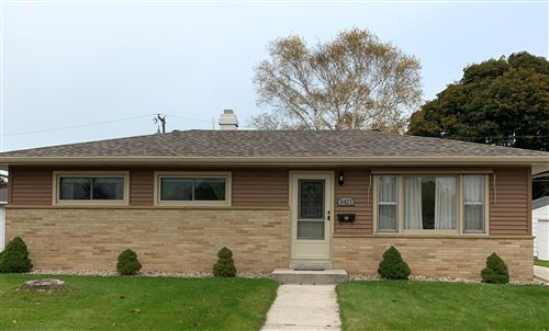 Photo of 3421 S 11TH Pl, Sheboygan, WI 53081 (MLS # 1664718)