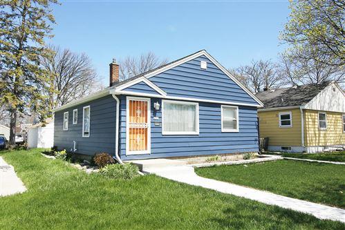 Photo of 4508 W Villard Ave, Milwaukee, WI 53218 (MLS # 1687718)