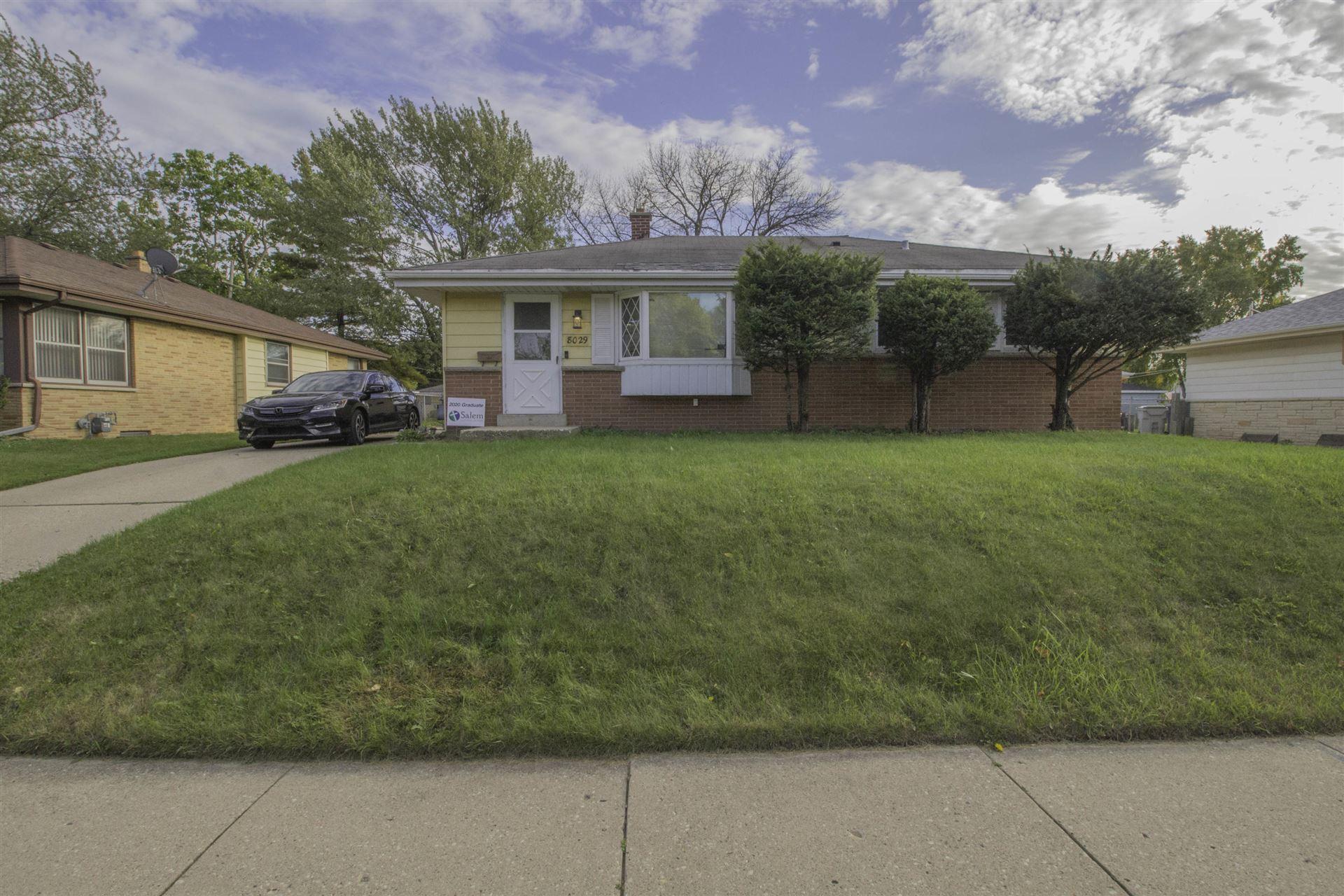 8029 W Green Tree Rd, Milwaukee, WI 53223 - #: 1713720