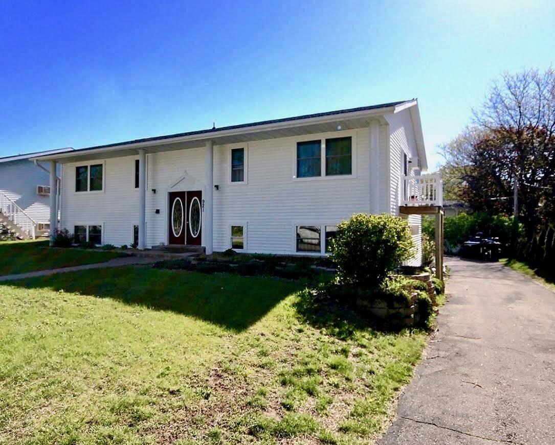 921 Redwood St W, La Crescent, MN 55947 - MLS#: 1739722