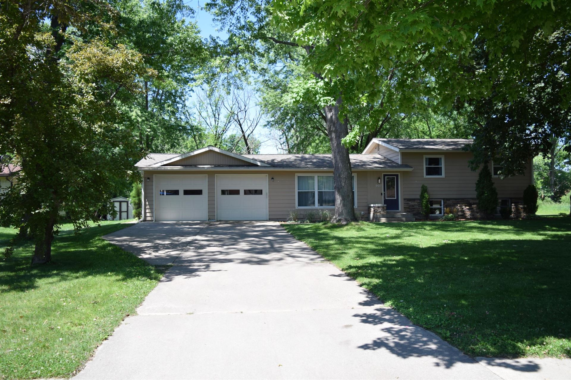 907 Butts Ave, Tomah, WI 54660 - MLS#: 1693728