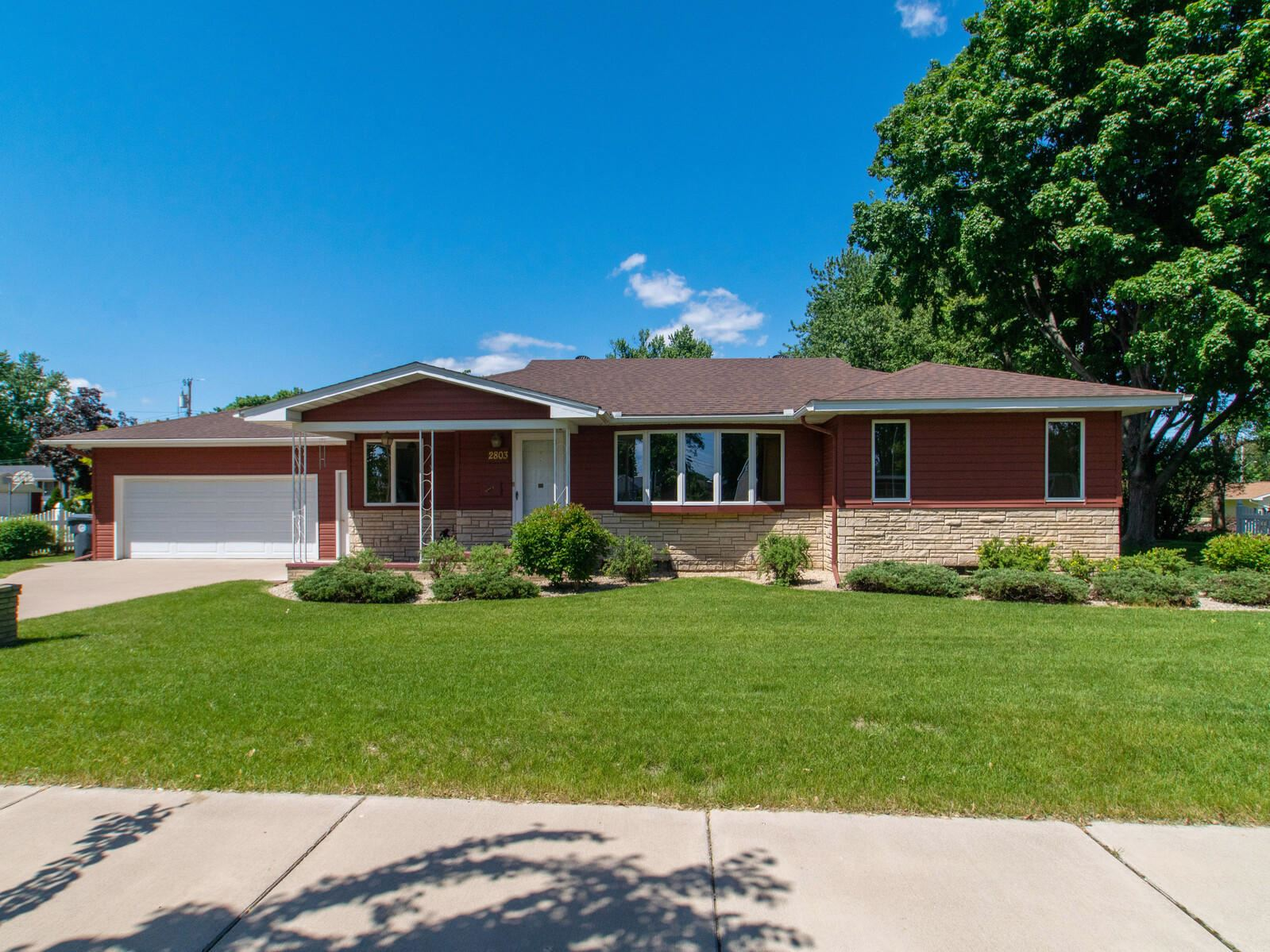 2803 BIRCH ST, La Crosse, WI 54601 - MLS#: 1691731