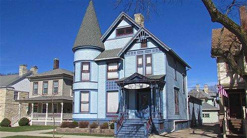 Photo of 927 Main St, Racine, WI 53403 (MLS # 1621735)