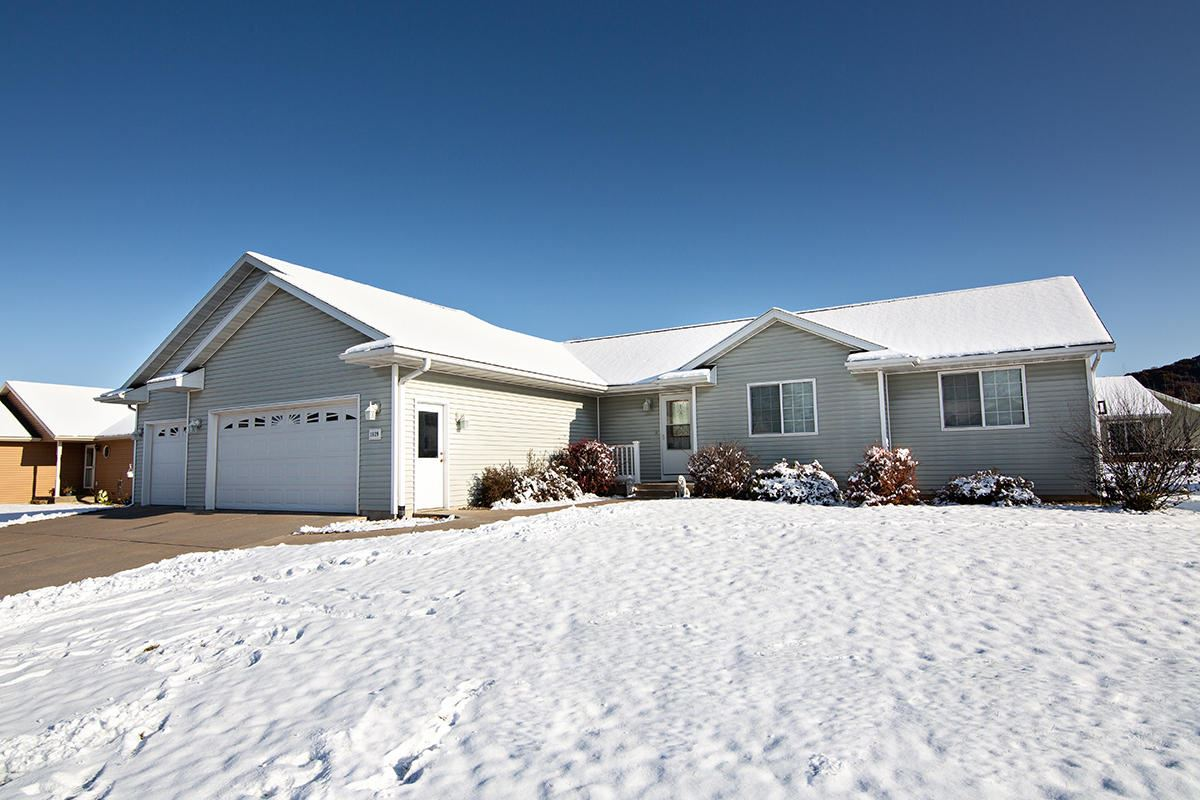 1929 Crooked AVE, Holmen, WI 54636 - #: 1667742