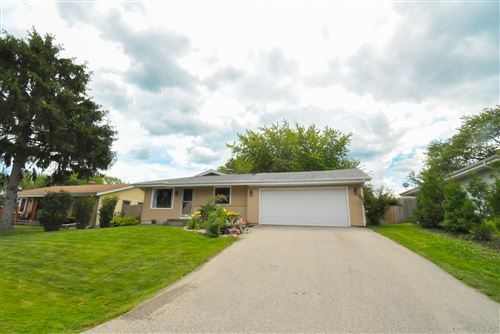Photo of 5211 Admiralty AVE, Racine, WI 53406 (MLS # 1702747)