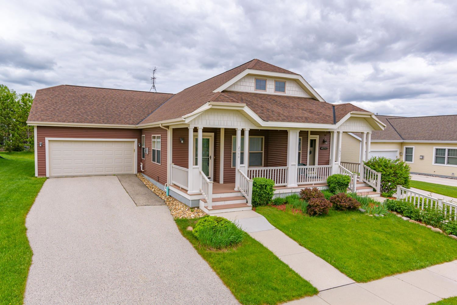 2540 Pickett St, Plymouth, WI 53073 - #: 1691754
