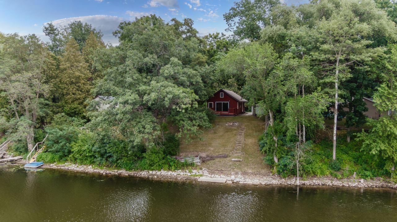 N6749 Lake Dr, Richmond, WI 53190 - #: 1753757