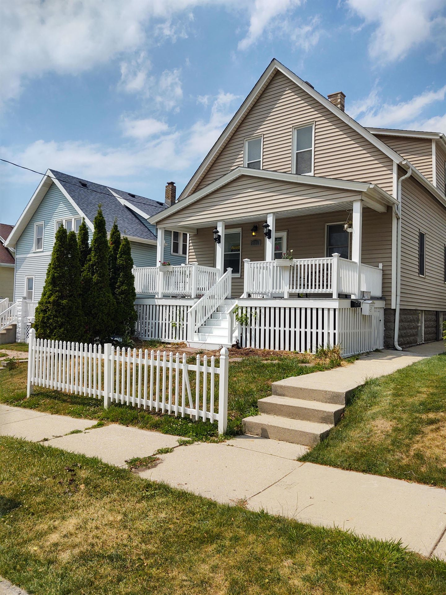 1320 Madison Ave, South Milwaukee, WI 53172 - MLS#: 1748759