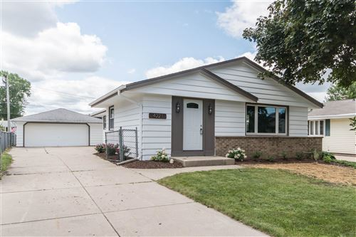 Photo of 4221 S 89th St, Greenfield, WI 53228 (MLS # 1702760)