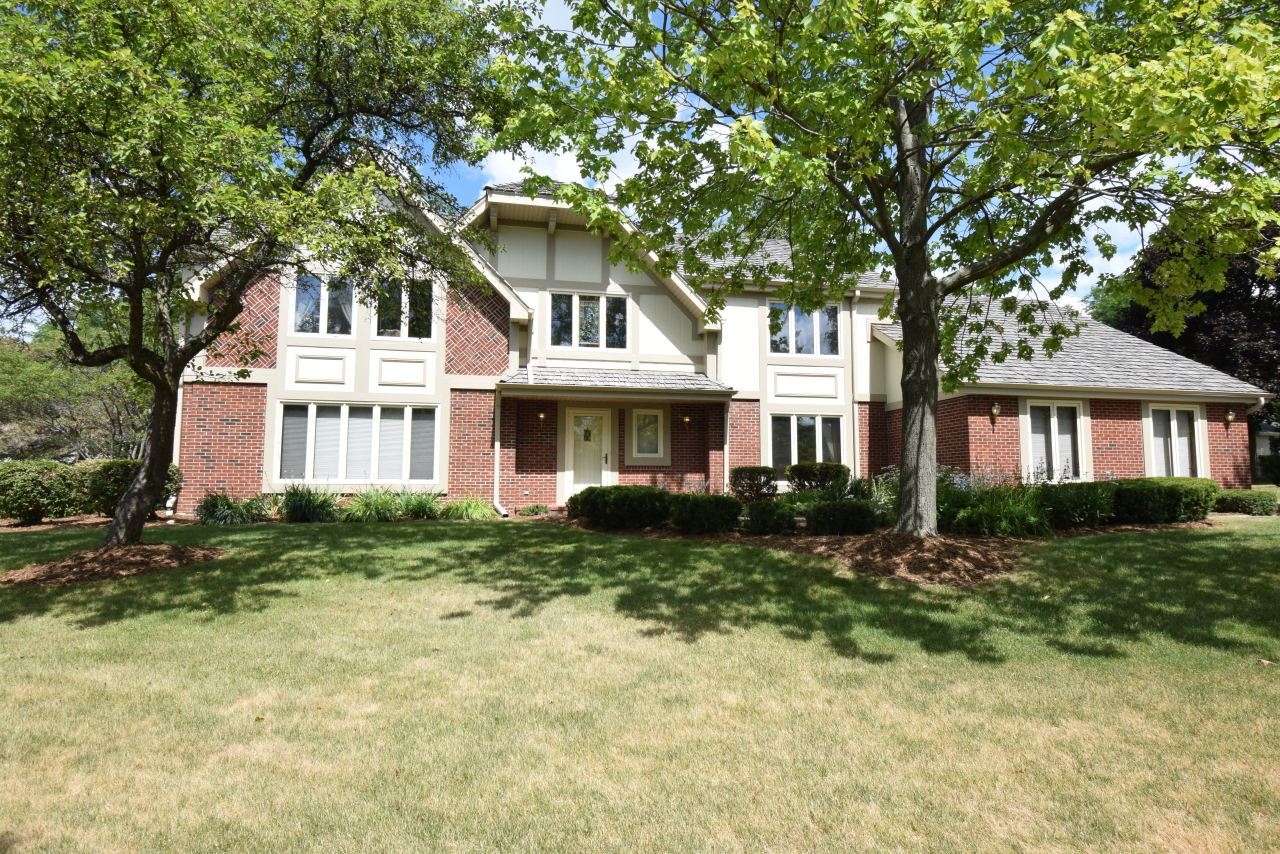 2435 Byron Ct, Brookfield, WI 53045 - #: 1690760