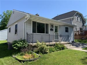 Photo of 1022 New York Ave, Manitowoc, WI 54220 (MLS # 1644767)