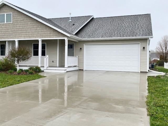 558 Pickett St, Plymouth, WI 53073 - #: 1680768