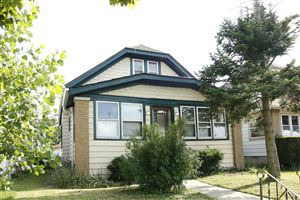 Photo of 821 E Keefe Ave, Milwaukee, WI 53212 (MLS # 1652774)