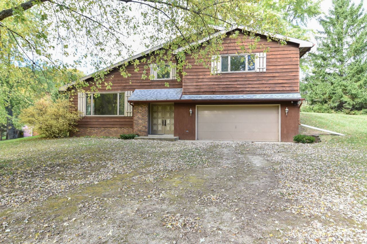 906 N Browns Lake Dr, Rochester, WI 53105 - #: 1712782