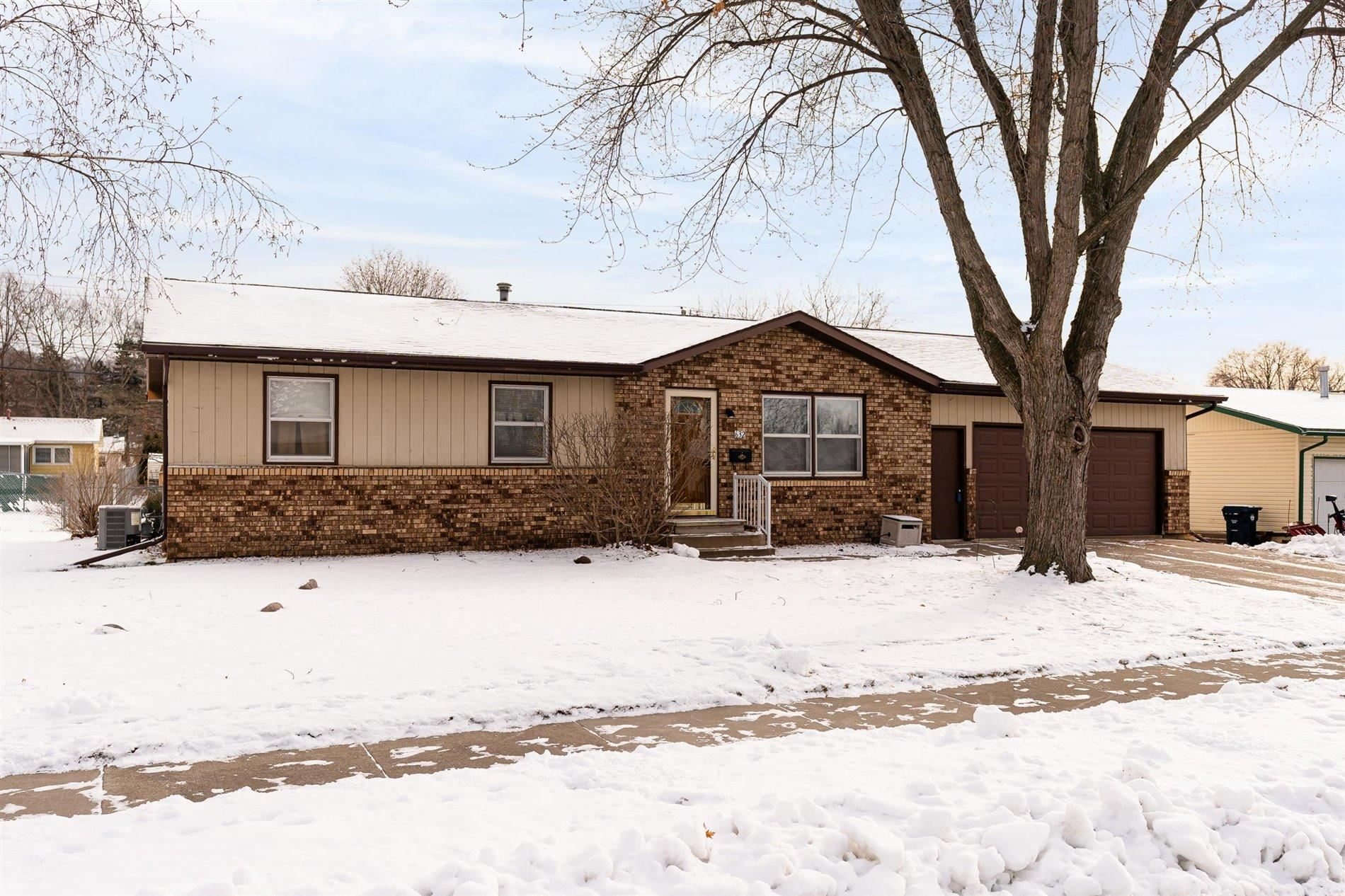 632 11th Ave N, Onalaska, WI 54650 - MLS#: 1724782