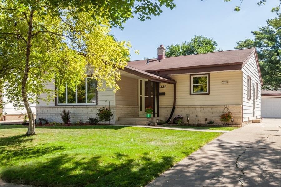 3584 S 94th St., Milwaukee, WI 53228 - #: 1701786