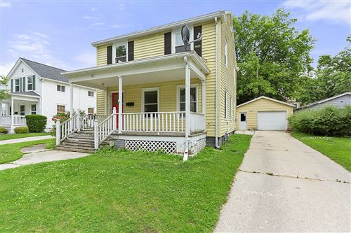 Photo of 421 Riverview Dr, Manitowoc, WI 54220 (MLS # 1646790)