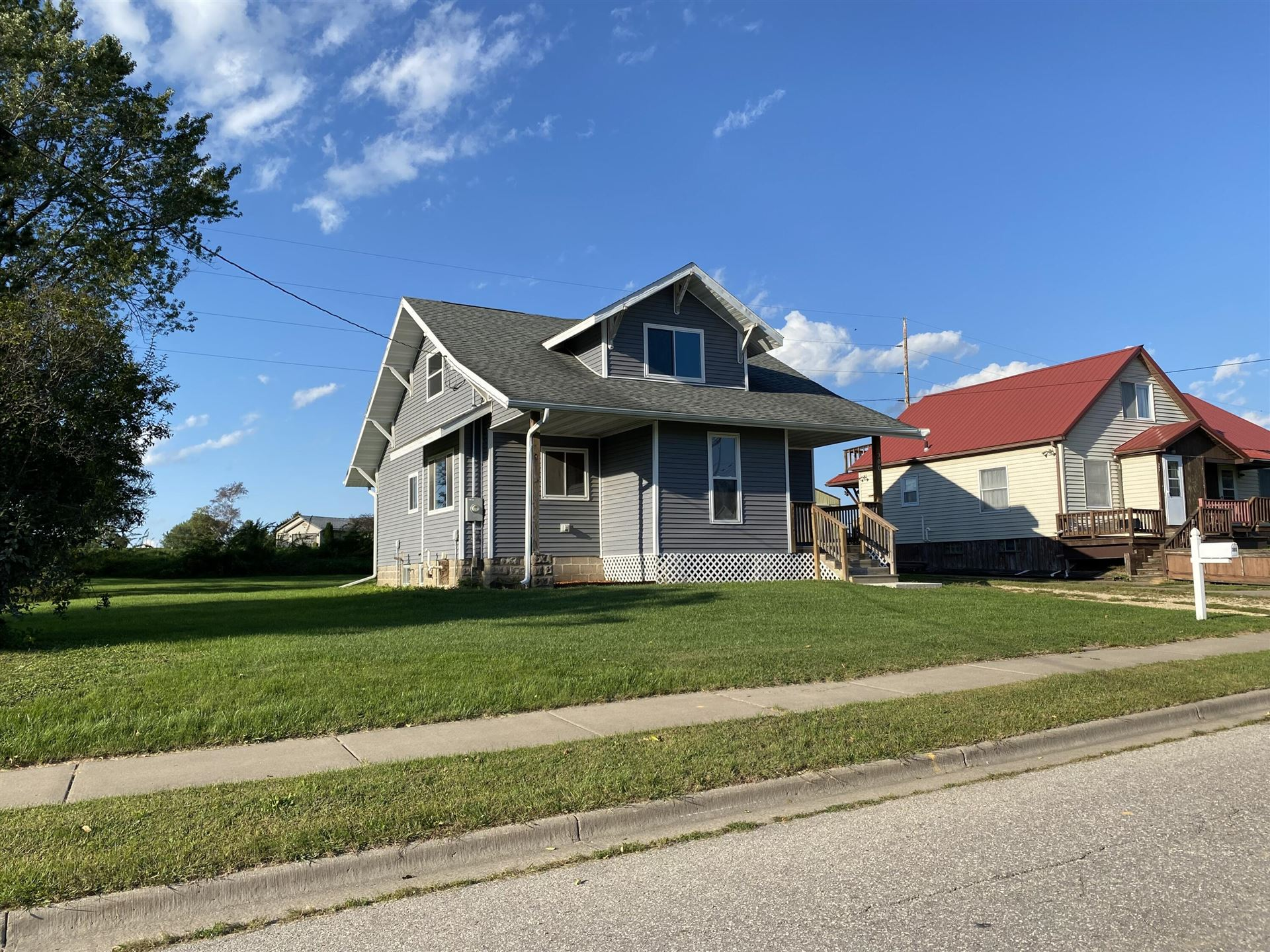 300 E Park St, Westby, WI 54667 - MLS#: 1761806