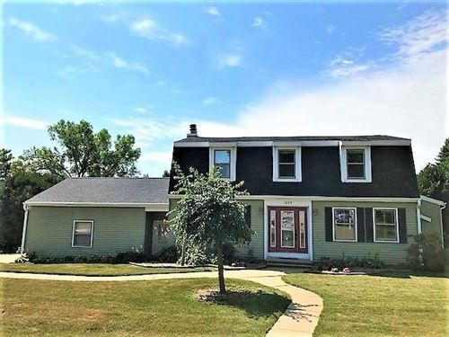 Photo of 1205 W CIRCLE DR, Sparta, WI 54656 (MLS # 1703809)