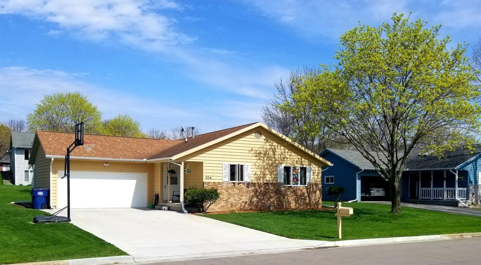 304 Beacon Valley Rd, La Crescent, WI 55947 - MLS#: 1680816