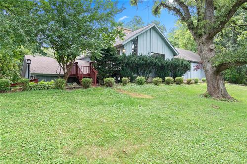 Photo of W661 Pell Lake Dr, Bloomfield, WI 53128 (MLS # 1755822)