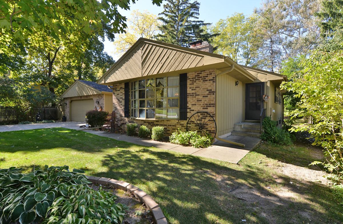 220 Green Bay S Rd, Mount Pleasant, WI 53406 - #: 1713832