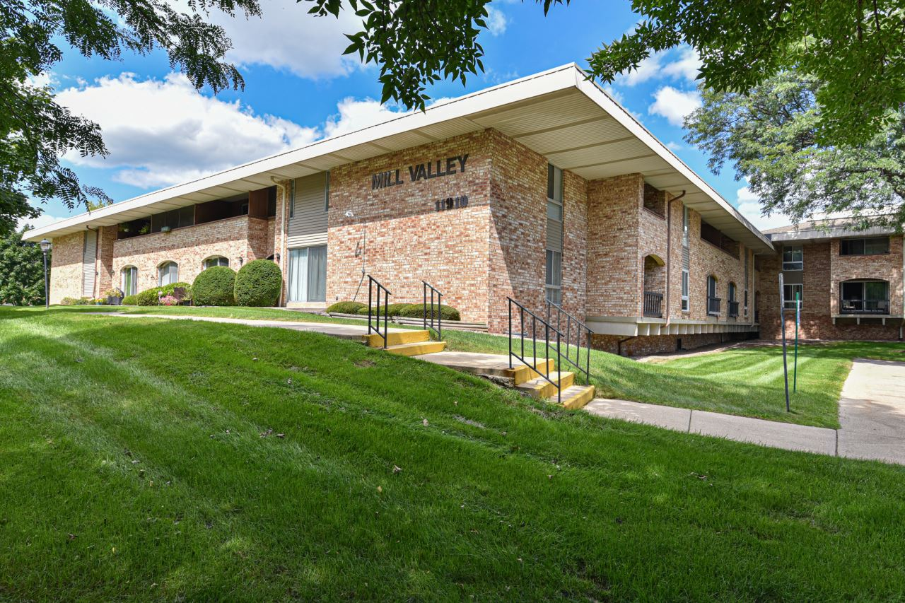 11926 W Mill Rd #22, Milwaukee, WI 53225 - #: 1758838