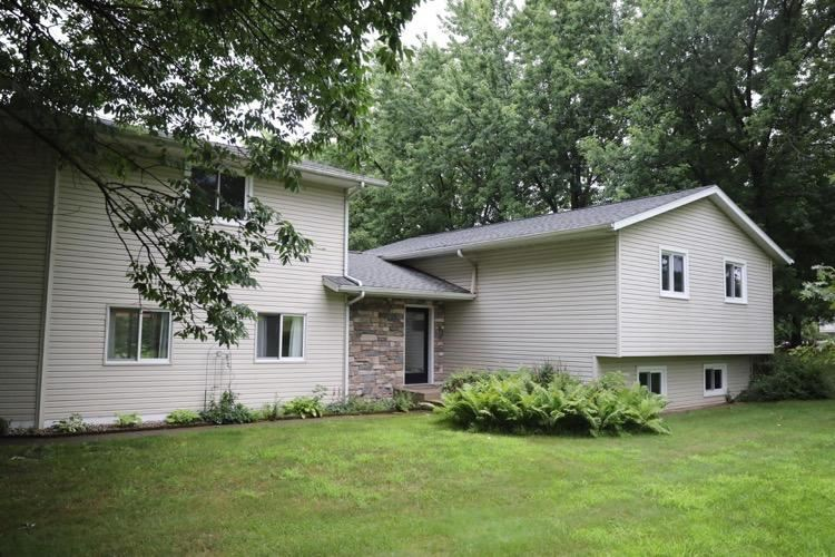 W7383 Sylvester Rd, Holland, WI 54636 - MLS#: 1685839