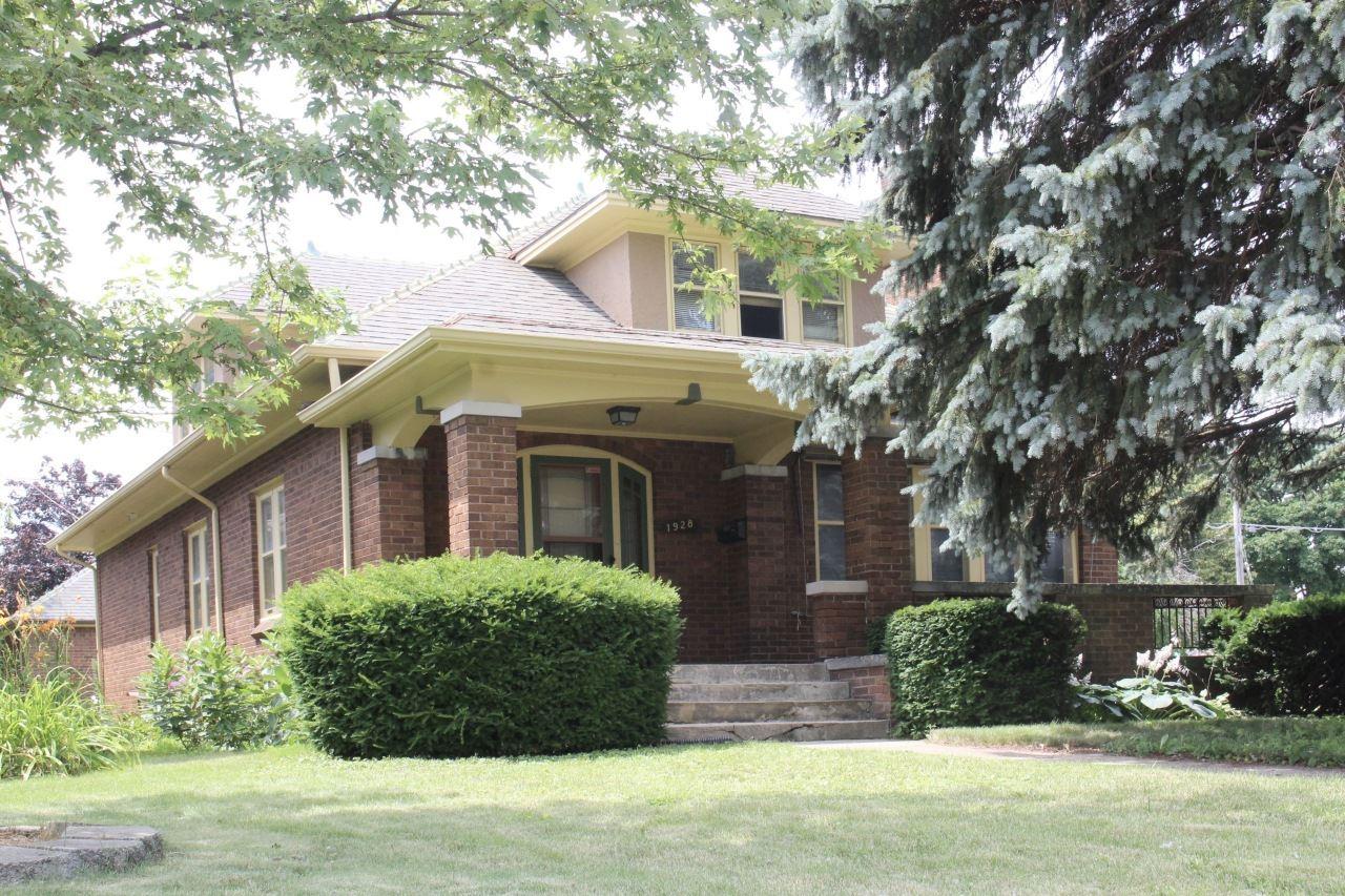 1928 Carlisle Ave, Racine, WI 53404 - #: 1699843