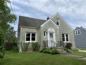 Photo of 2210 S 14th ST, Manitowoc, WI 54220 (MLS # 1643853)