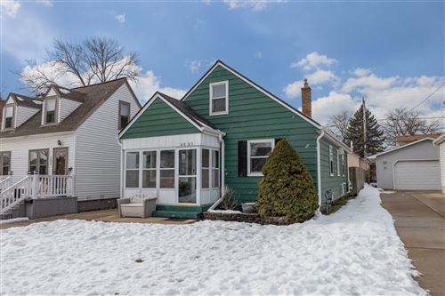 Photo of 4431 S Lenox St, Milwaukee, WI 53207 (MLS # 1724856)
