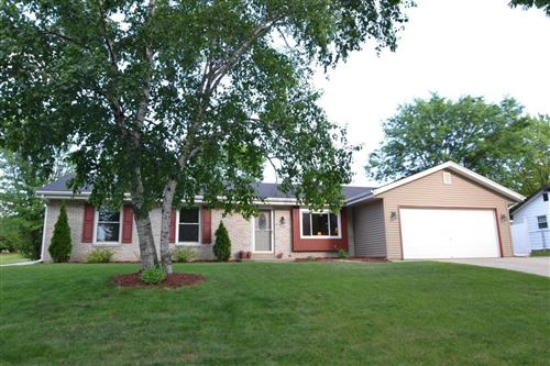 Photo of 2009 Ramona, Waukesha, WI 53186 (MLS # 1677858)