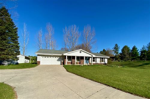 Photo of 7464 Lakehaven Dr, Farmington, WI 53090 (MLS # 1714859)