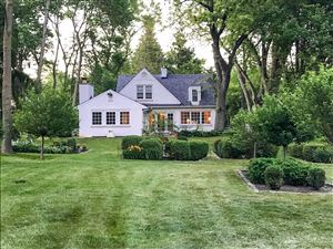 Photo of 907 W Green Tree Rd, River Hills, WI 53217 (MLS # 1638863)